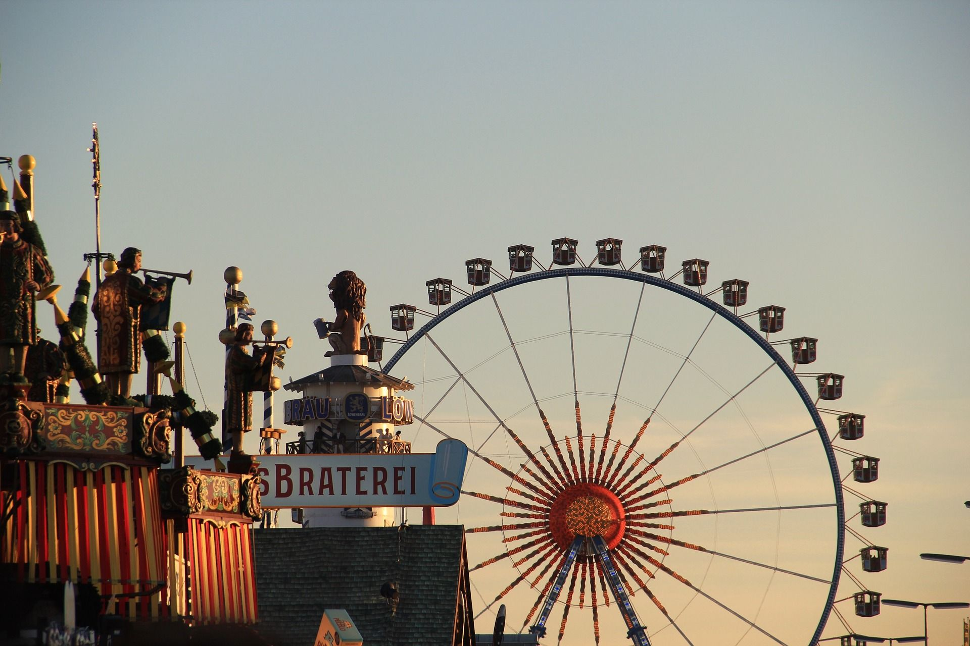 4 Best Places to Celebrate Oktoberfest from New York to New England