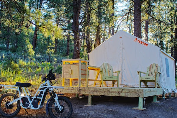 California Glamping Site - Hidden Hills