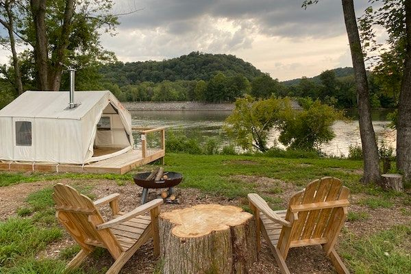 Tennessee Glamping at Whooping Crane Farm
