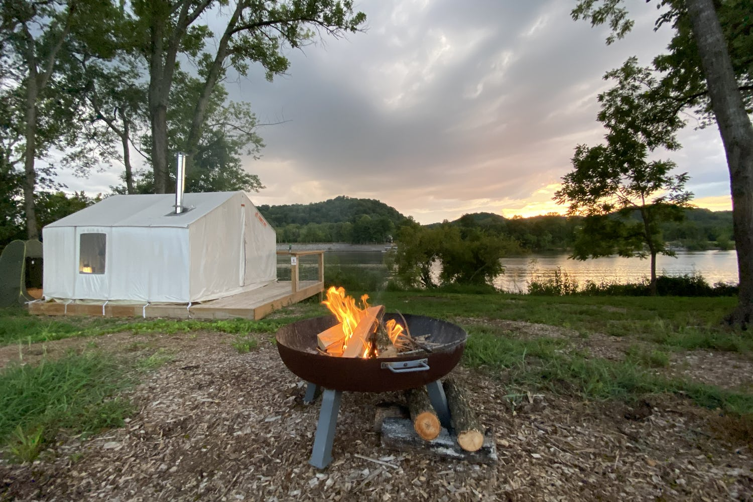 6 Fantastic Glamping & Camping Spots in Tennessee