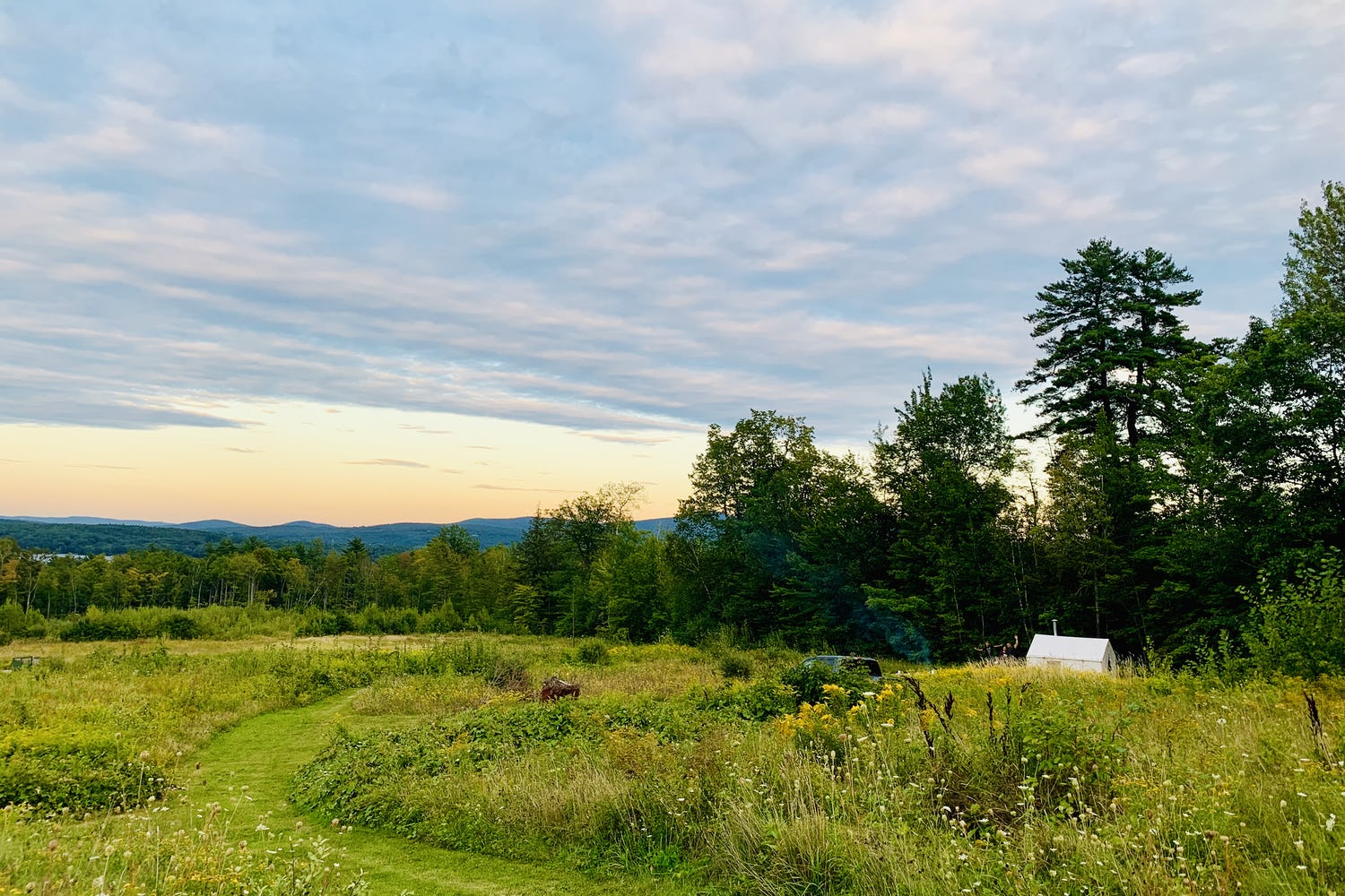 Top 5 Destinations for Luxurious Camping in New Hampshire