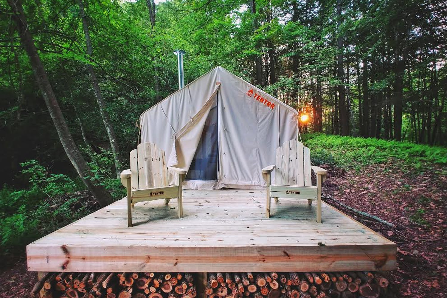 5 Idyllic Locales for Camping in Connecticut