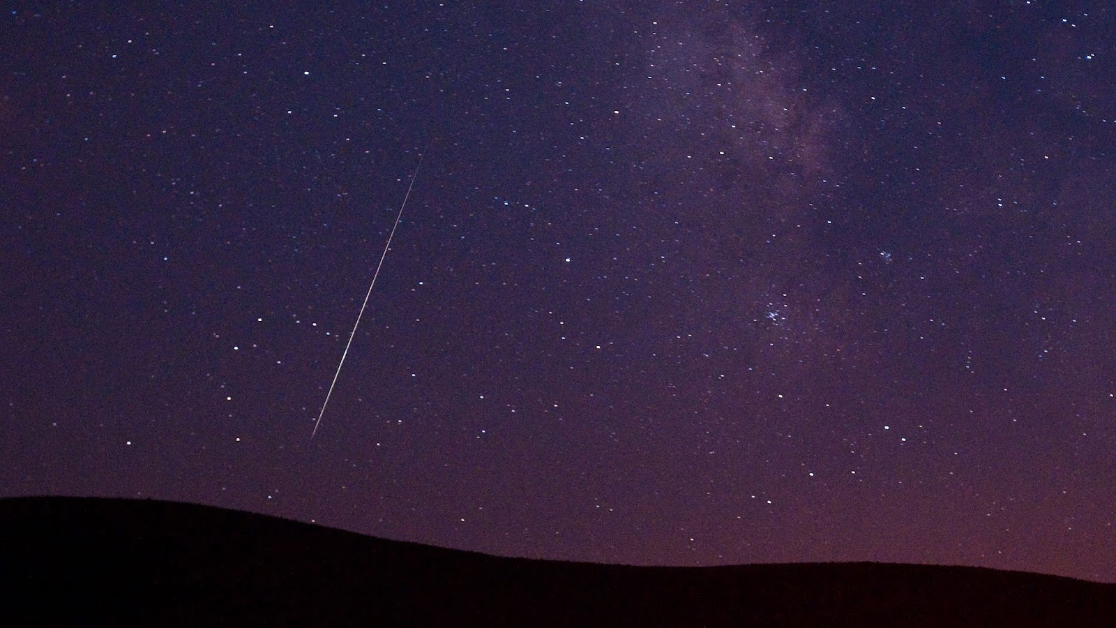 meteor-shower-shooting-star-2